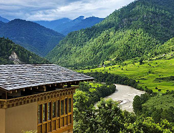 Luxury hotel in Punakha Valley in Bhutan