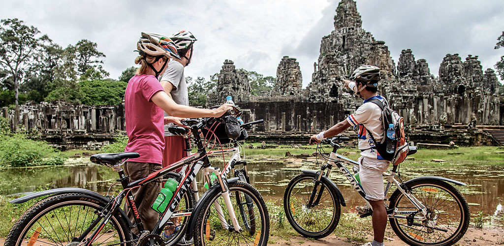 Cycling tour of Angkor temple complex
