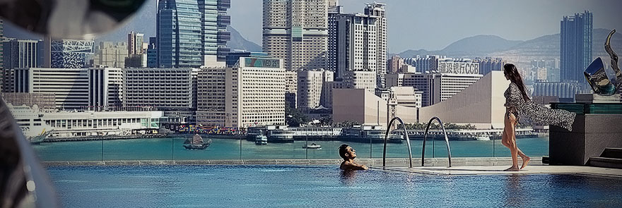 Four Seasons Hong Kong pool