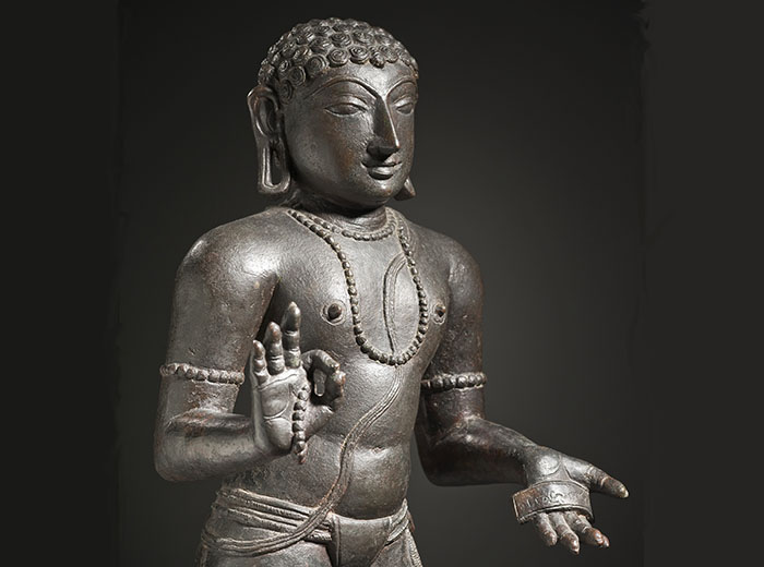 Sculpture of Hindu Saint Manikkavacakar