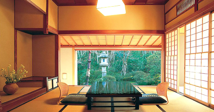 Asaba ryokan en suite dining room