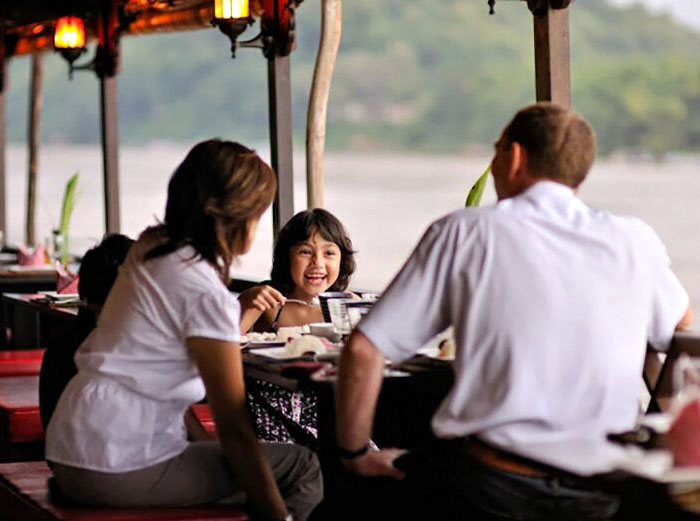 Family dinner cruise in Luang Prabang, Laos