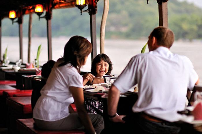 Dating Laos