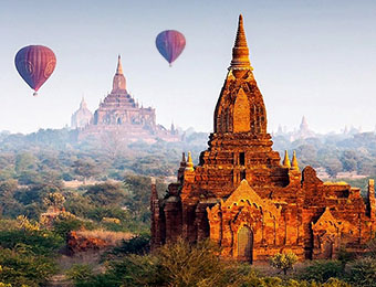 Balloons over Bagan view