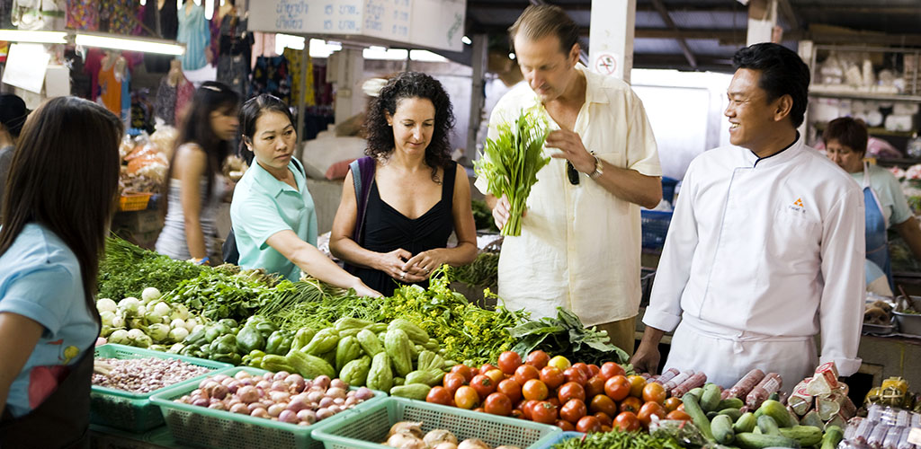 Taste of Thailand, culinary market tour in Bangkok with chef