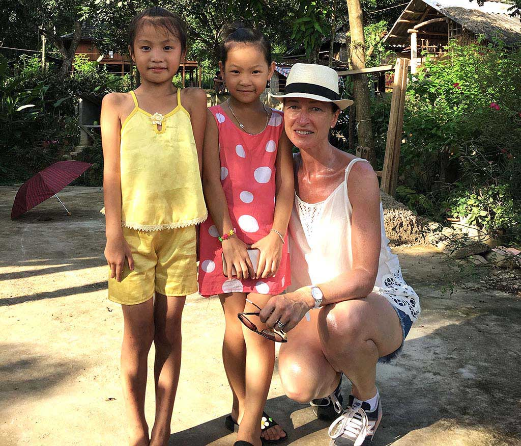 Visiting local girls in Mai Chau
