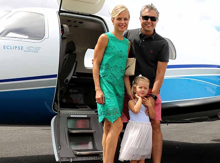 Family vacation by private jet in Vietnam