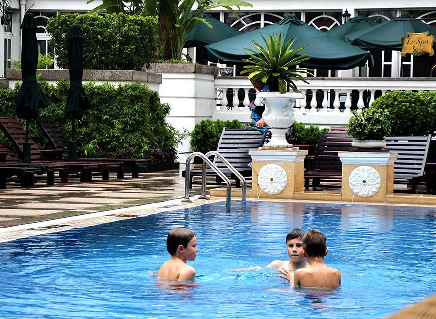 Hanoi Hotel With Swimming Pool