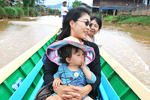Family tour in Myanmar