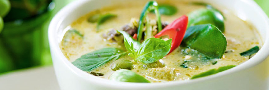 Bowl of Thai green curry