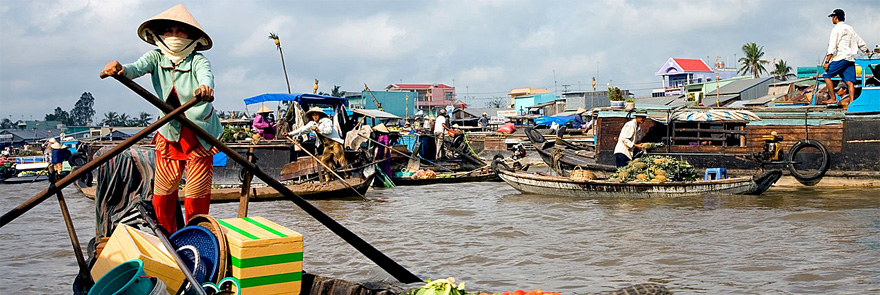Mekong Delta floating market tours